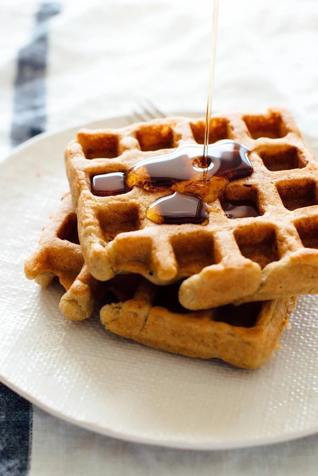easy gluten free oat waffles