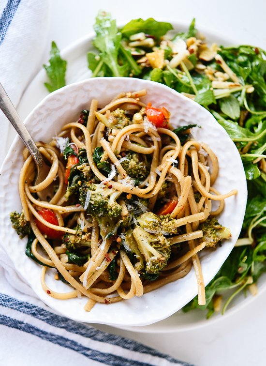 Spinach pasta recipe, featuring lots of roasted vegetables tossed in a light balsamic sauce! cookieandkate.com