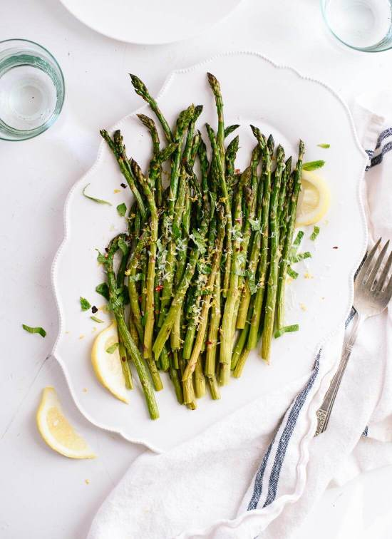 Simple roasted asparagus recipe (the perfect spring side dish!) - cookieandkate.com
