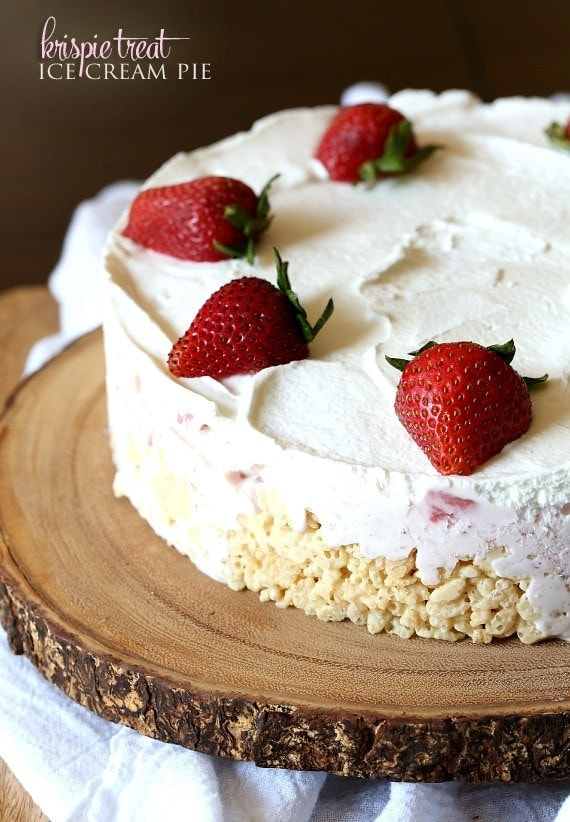Krispie Treat Ice Cream Pie ~ A simple no Bake pie that has a krispie cereal crust!