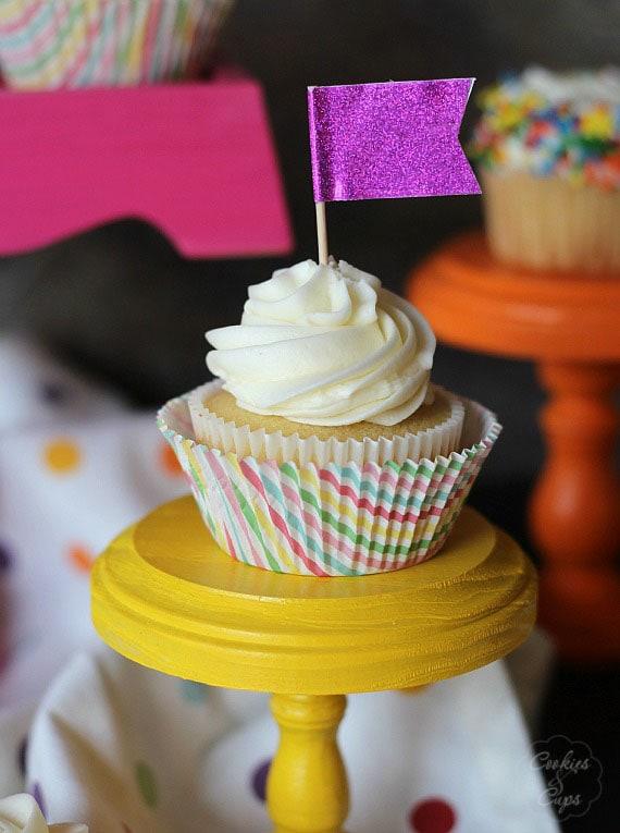 My FAVORITE Vanilla Cupcakes!