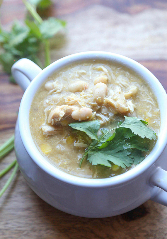 Easy White Chili Made with shredded chicken or Salsa Verde Shredded Chicken made with an Instant Pot!