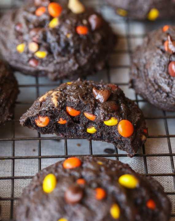 chocolatepeanutbuttercookies-6