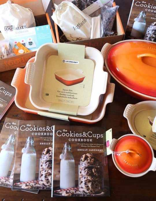 Foodstirs & Cookies and Cups team up on an amazing giveaway!!
