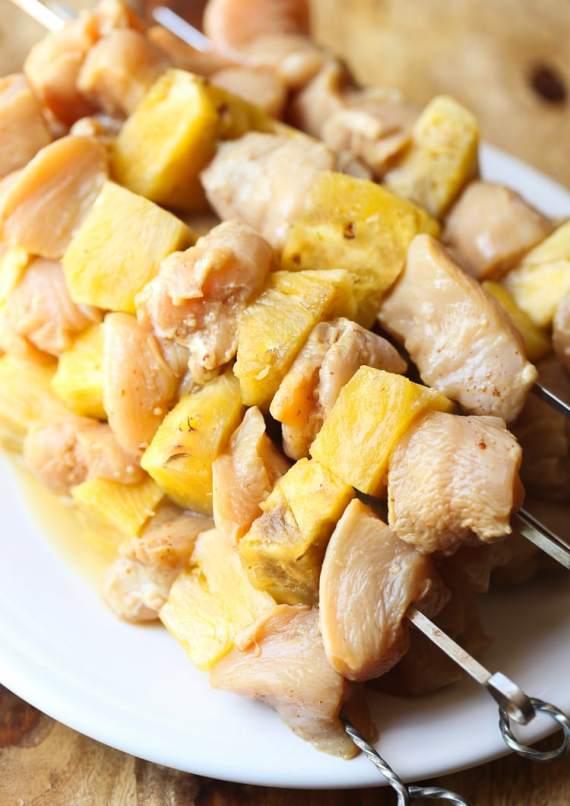 PIneapple Chicken Skewers! An easy, weeknight grill recipe!