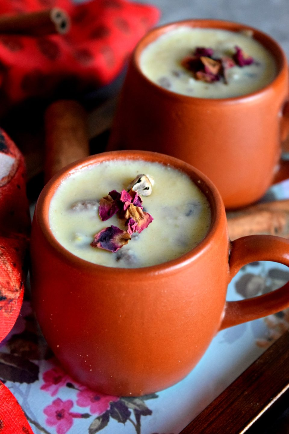 Apple Khoya Kheer is a delicious Indian dessert made using only 5 ingredients! This kheer can be made on any festive occasion & is served warm or chilled!