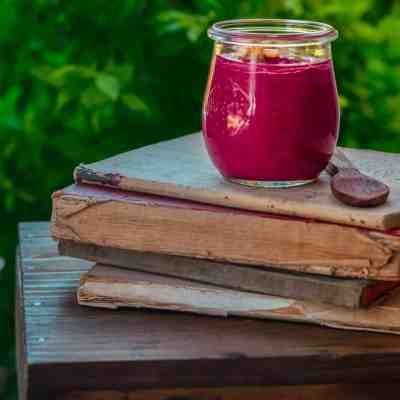 How To Make The Easiest & Tastiest Beetroot Pesto Sauce!
