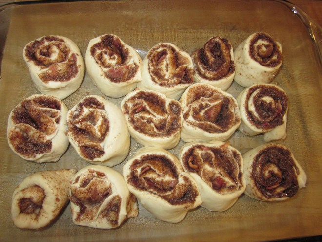 Maple Bacon Cinnamon Rolls 013