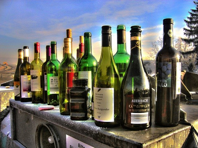 wine  the basics of picking a bottle - Wine 101: The Basics Of Picking A Bottle