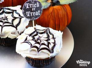 Nutella Filled Pumpkin Spice Halloween Cupcakes - CookingBride.com