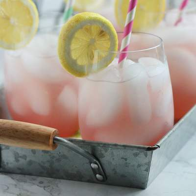 How to Make Homemade Pink Lemonade