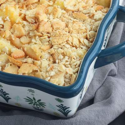 Baked Pineapple Casserole with Ritz Crackers