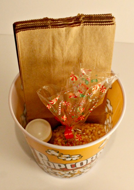 DIY popcorn lovers gift