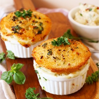 Mac & Cheese Pot Pie with Herbed Crust