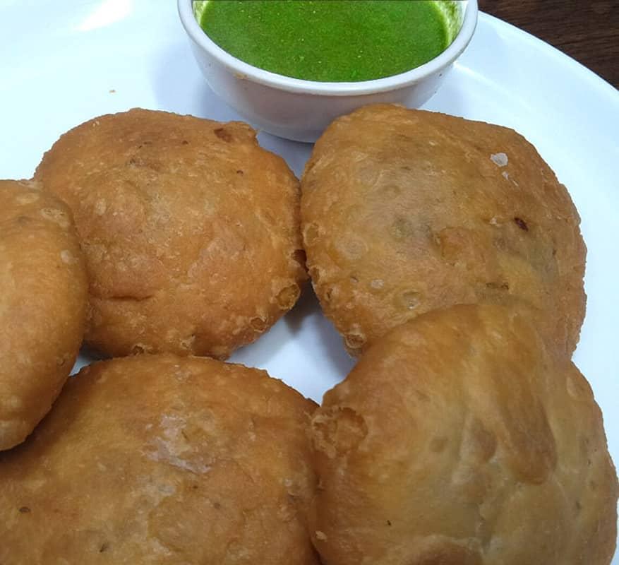 Rajasthani traditional food एकबार बनाऐं महिनों भर खाऐं नमकीन ऐसी की मार्केट की नमकीन खाना तो भूल ही जाऐं | Khasta Kachori Recipe