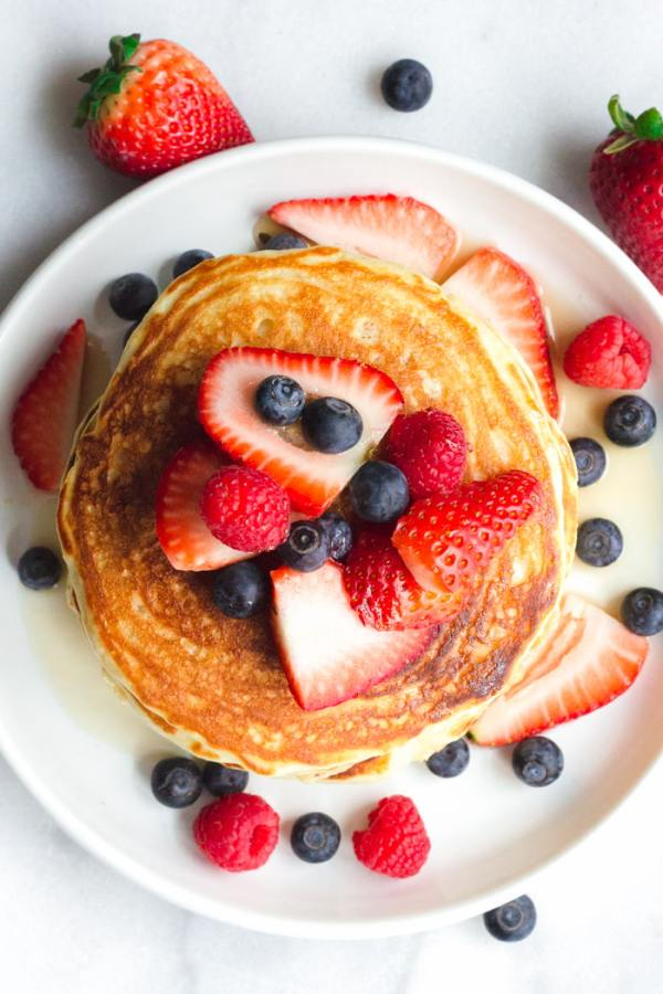 pancakes with lots of berries