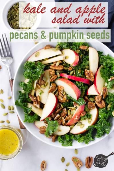kale an apple salad with pumpkin seeds