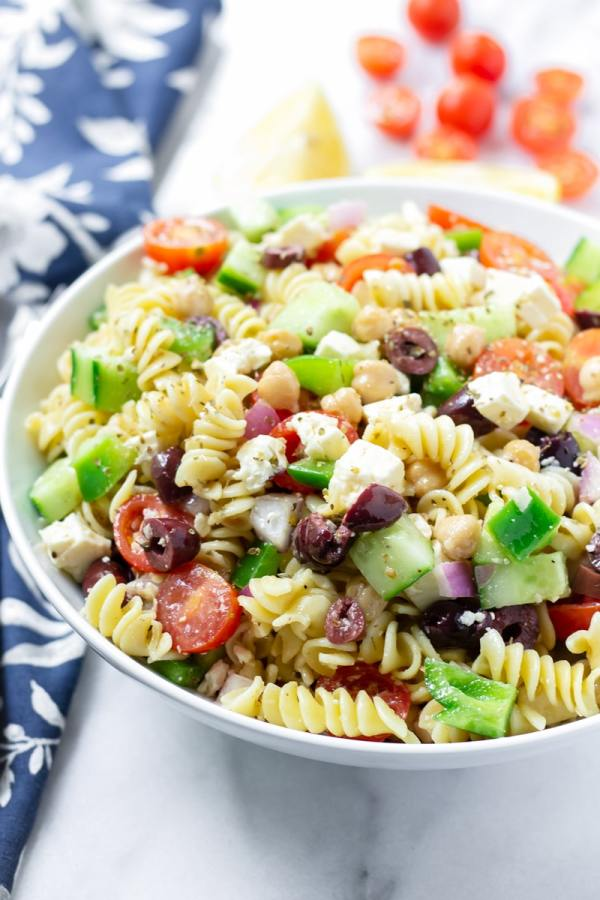 Easy Greek Pasta Salad with Chickpeas and Rotini