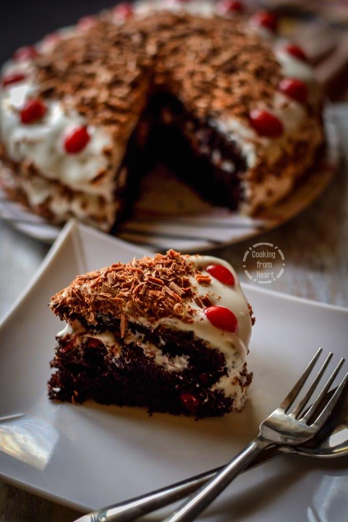 eggless-black-forest-cake-1