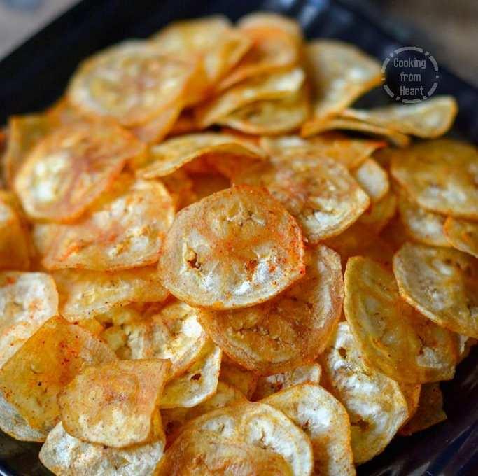 Vazhakkai Chips   Homemade Raw Banana Chips
