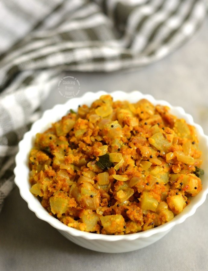 Sorakkai Poriyal | Bottle Gourd Curry