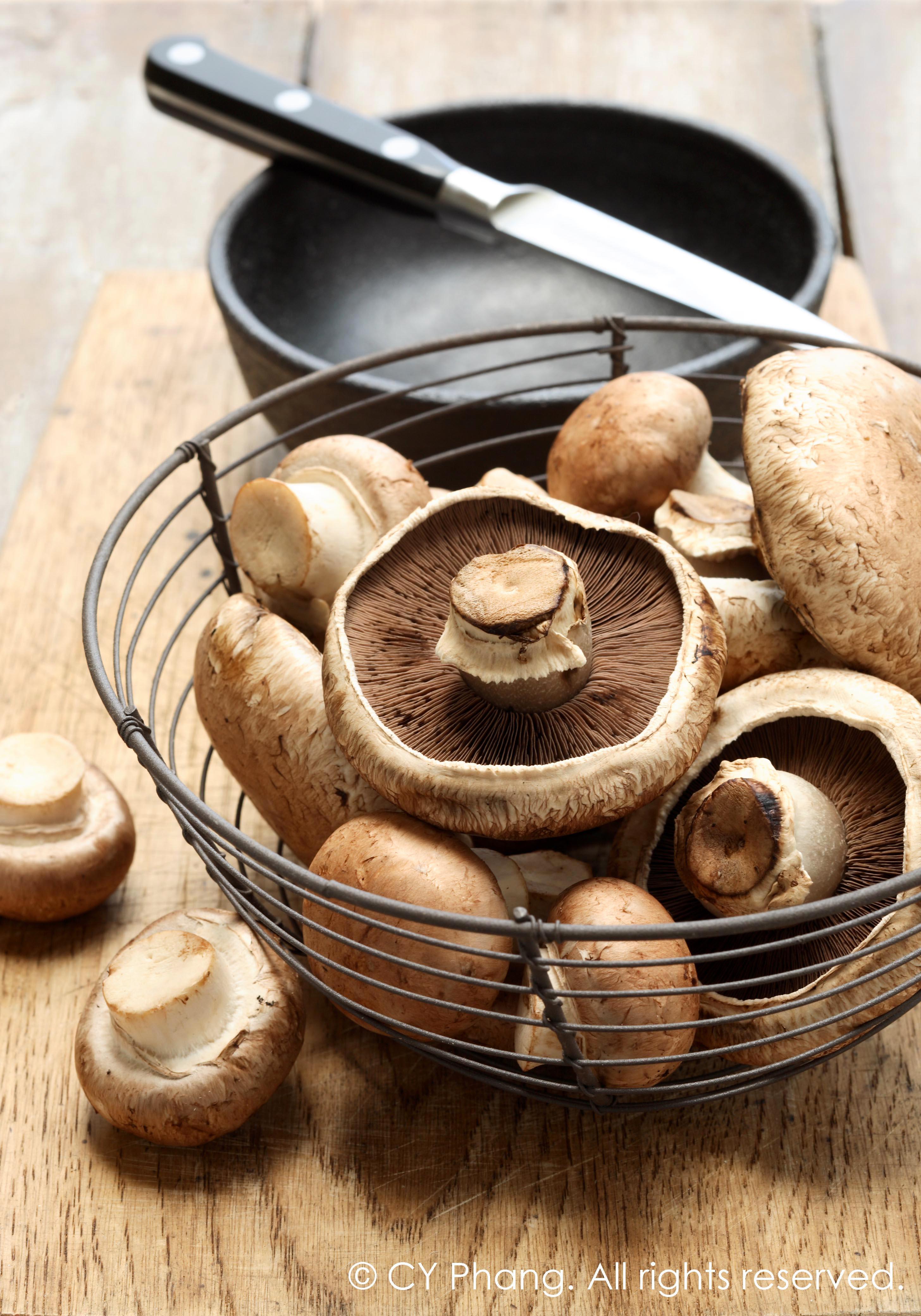 Portobello mushrooms-IMG_6373-auto-contrast copy2