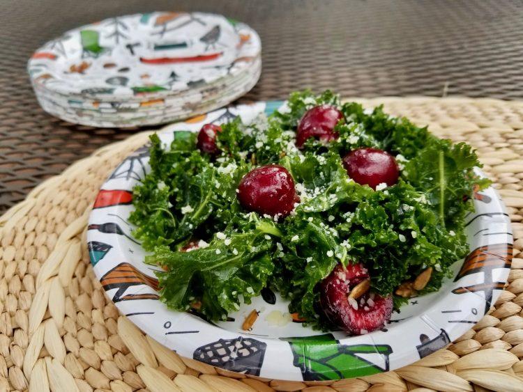 Kale salad with cherries