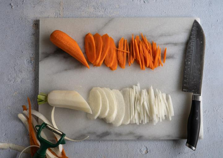 julienne carrot and daikon.