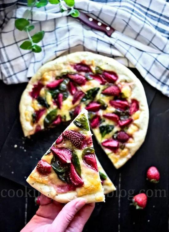 Mozzarella strawberrry pizza slice, view from top
