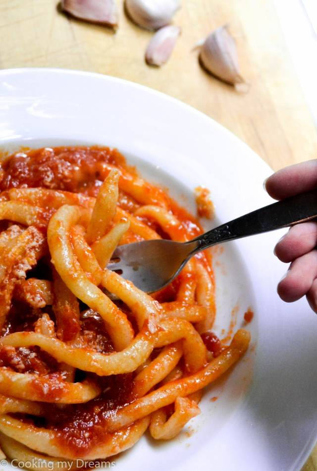 Pici Aglione - Pasta with spicy garlic tomato sauce