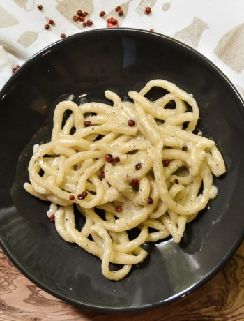 Pici Cacio e Pepe, cheese and black pepper pasta