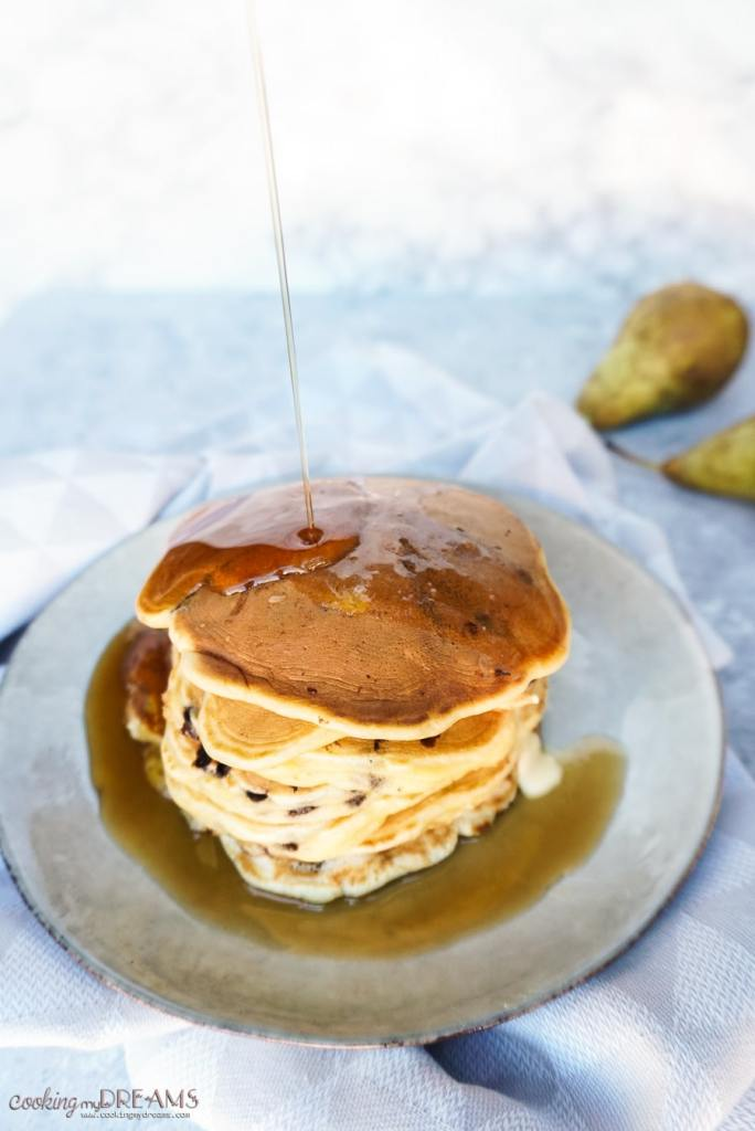 maple syrup on pancakes stack