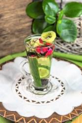 Cucumber kiwi blackberry water on Cooking Romania by Vivi