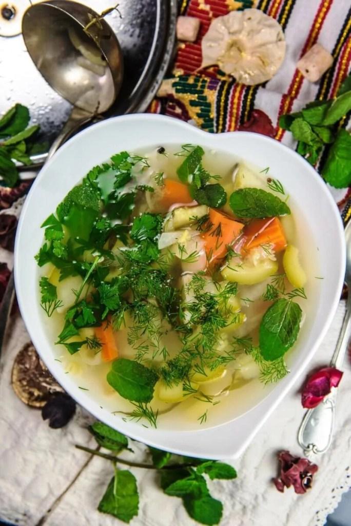 Vegetable soup - Cooking Romania by Vivi