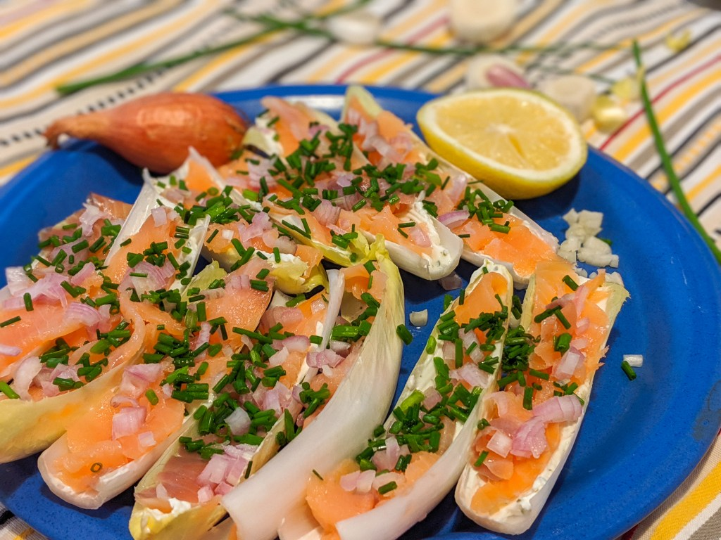 endive and salmon barquettes