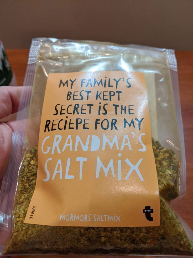 Grandma's Salt Mix package from Flying Tiger Copenhagen. I used 4 tbsp of this to make 1 kg of Grandma's Salty Shrimp