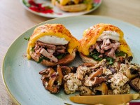 eggs benedict with rib meat