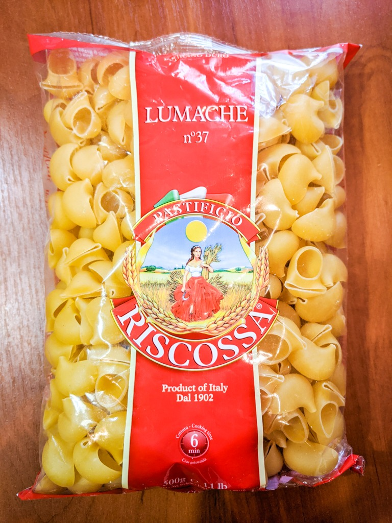 dry lumache pasta