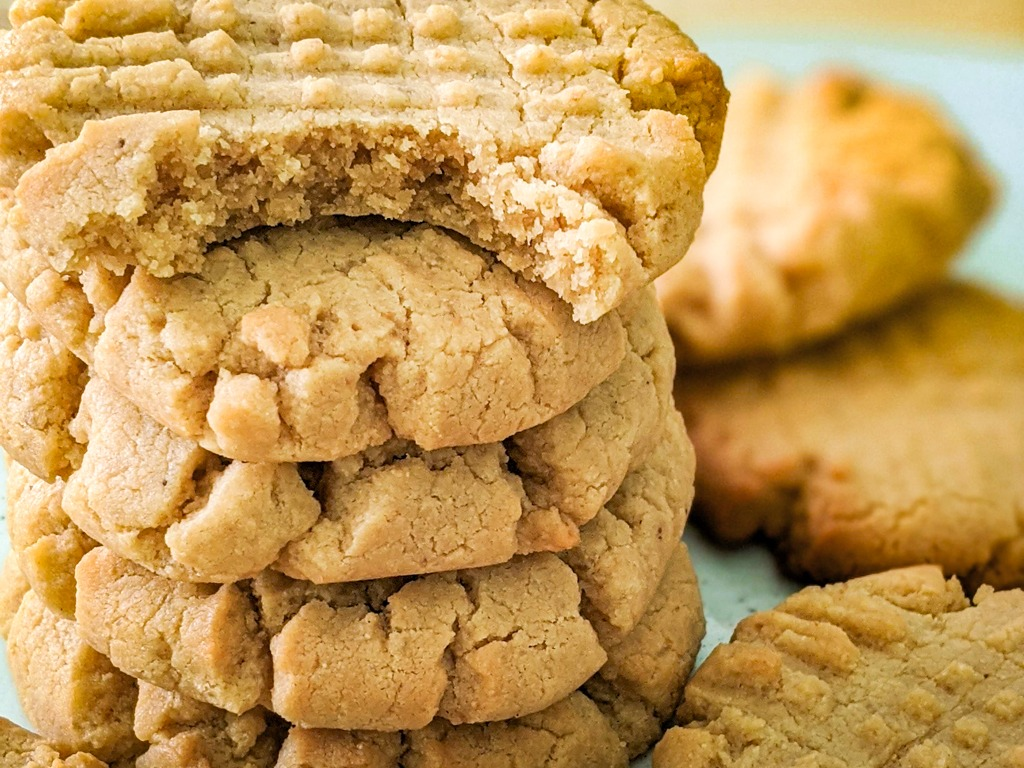 easy quarantine snacks - cashew butter cookies