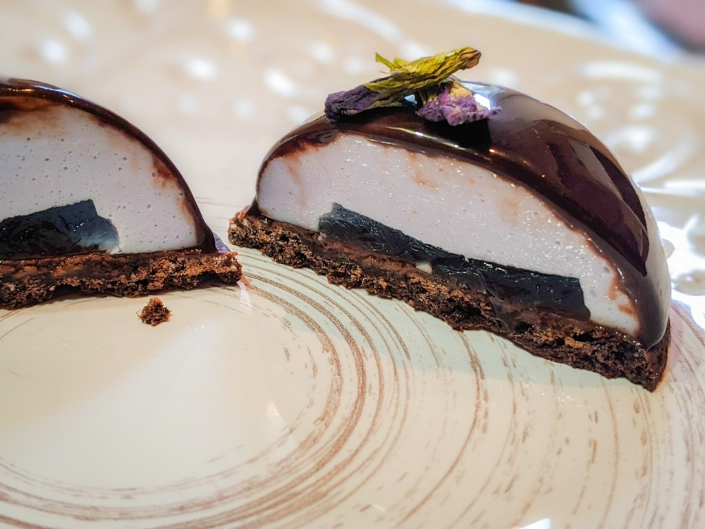 butterfly pea flower entremet  cake cross section