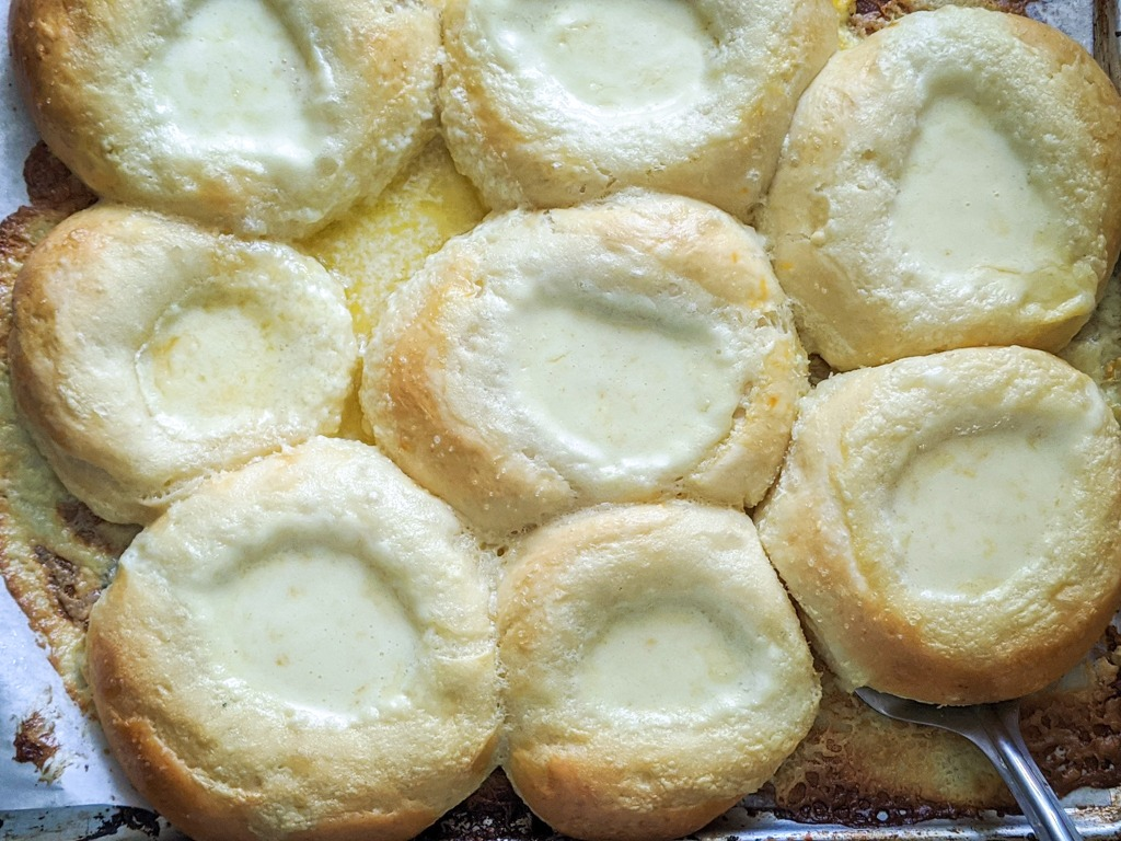 freshly baked vatrushka