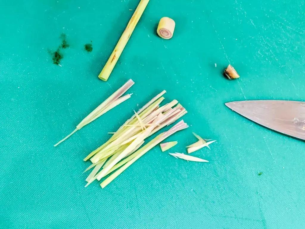 thinly sliced lemongrass stalk