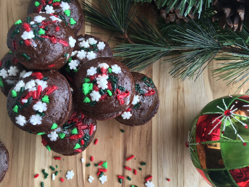 low-calorie holiday brownie bites