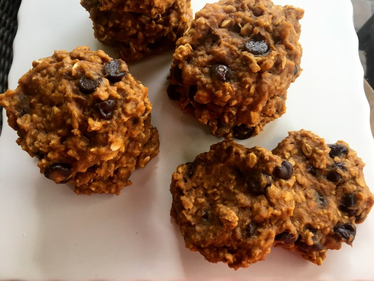 Pumpkin Chocolate Chip Oatmeal Cookies - Cooking Up Happiness
