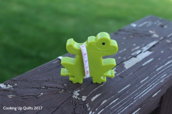 Freddy Frog Tape Measure