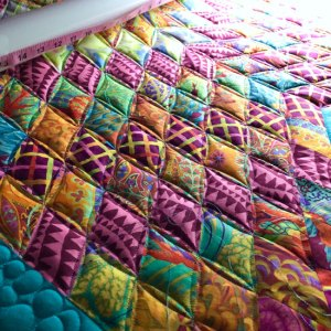 Kaffe Fassett lonestar quilt with Free Motion Quilting