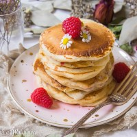 Raspberry Lemon Yogurt Pancakes