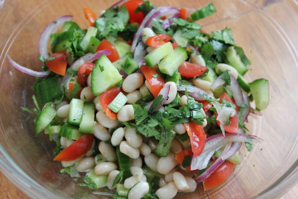 Healthy & Cheap Bean Salad