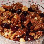 museli with maple syrup and dried cranberries