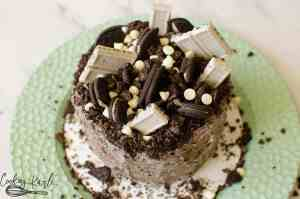 This fully loaded Oreo, cookies and cream layered cake is perfect for birthdays.